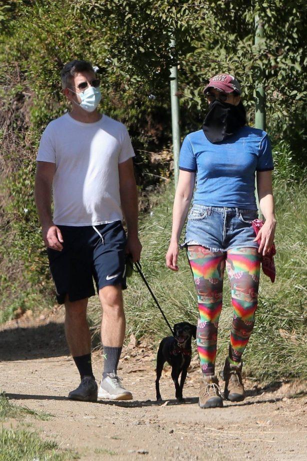 Sarah Silverman - Seen with her boyfriend Rory Albanese in Los Feliz