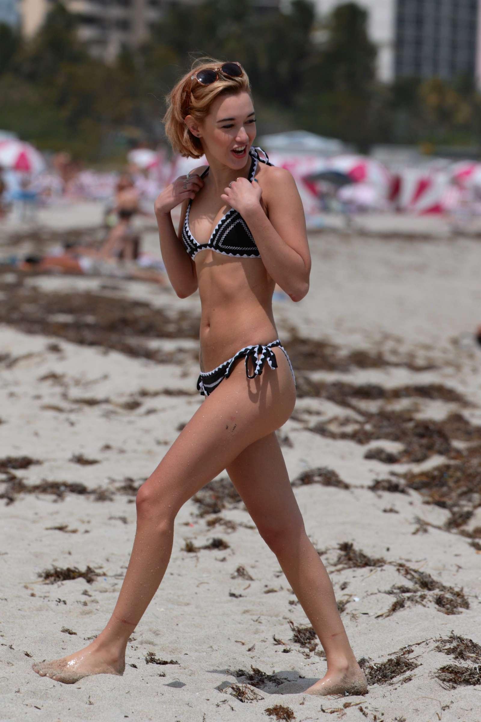 Bikini Sarah Snyder naked (94 photo), Sexy, Fappening, Feet, see through 2019