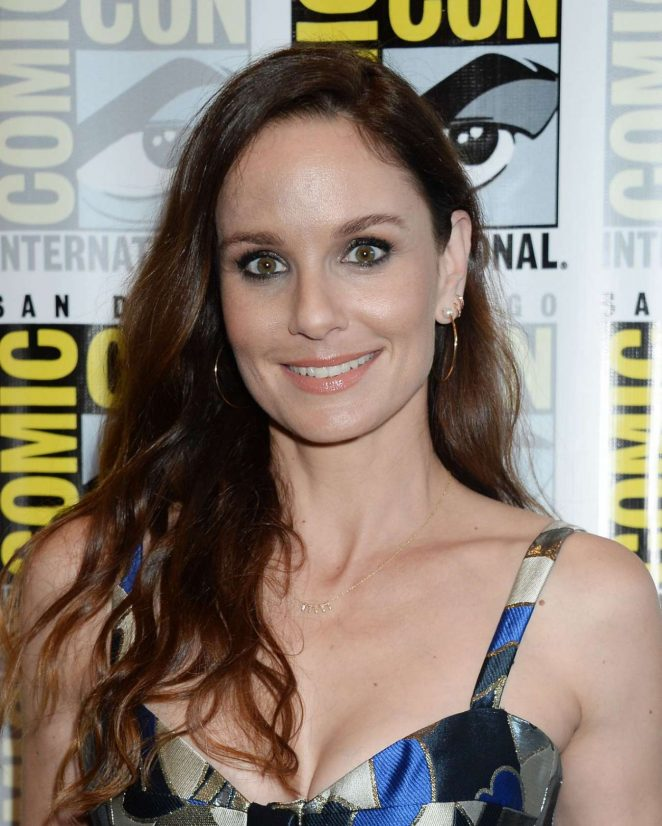 Sarah Wayne Callies - Colony Press Line at 2017 Comic-Con in San Diego