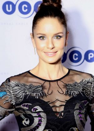 Sarah Wayne Callies - Universal Cable Productions at 2017 Comic-Con in San Diego