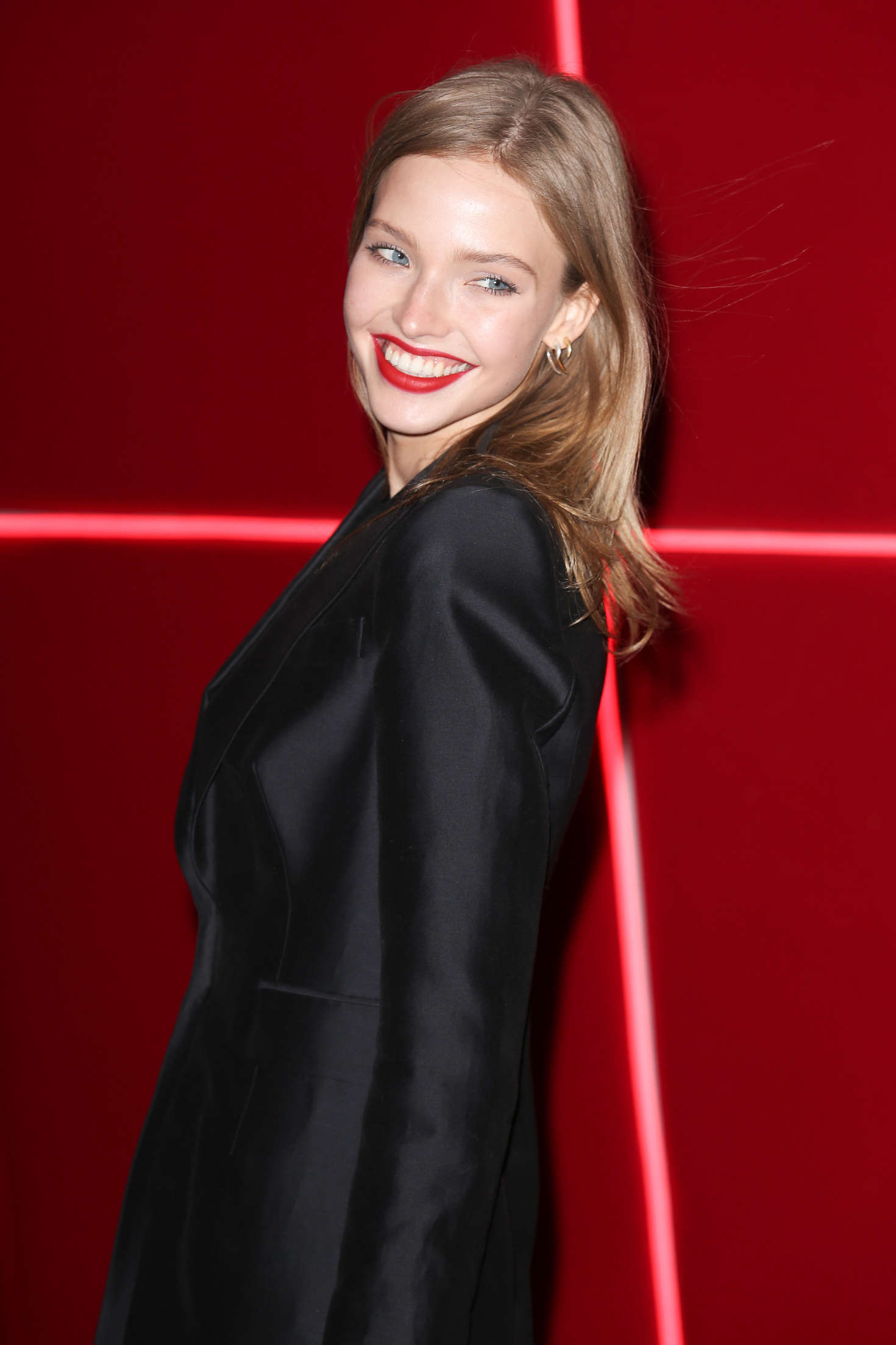 Sasha Luss: Attends at LOreal Red Obsession Party 2016 -02