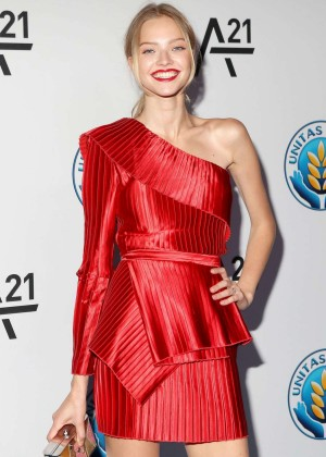 Sasha Luss - Unitas Gala against Sex Trafficking in NYC