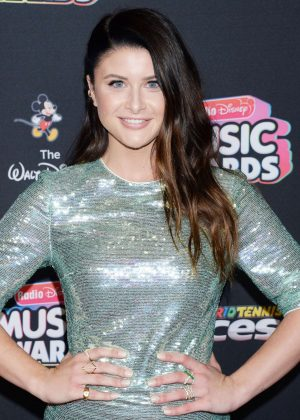Savannah Outen - 2018 Radio Disney Music Awards in Hollywood