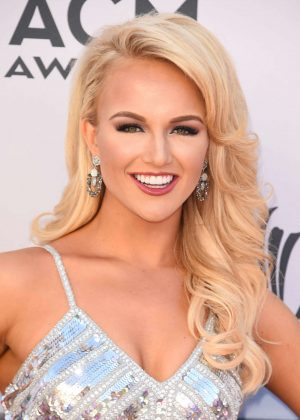 Savvy Shields - 2017 ACM Awards in Las Vegas