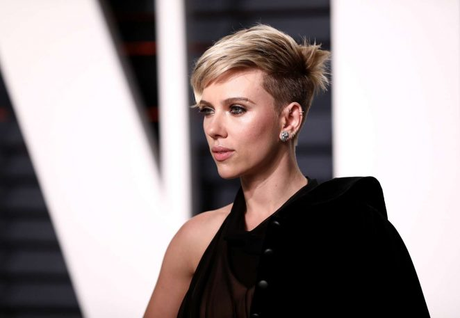 Scarlett Johansson: 2017 Vanity Fair Oscar Party -03 ...