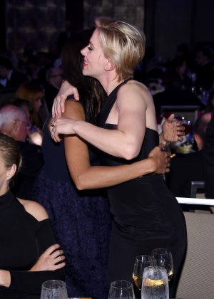 Scarlett Johansson and Rosario Dawson: The Entertainment Icon Award 2016 -03