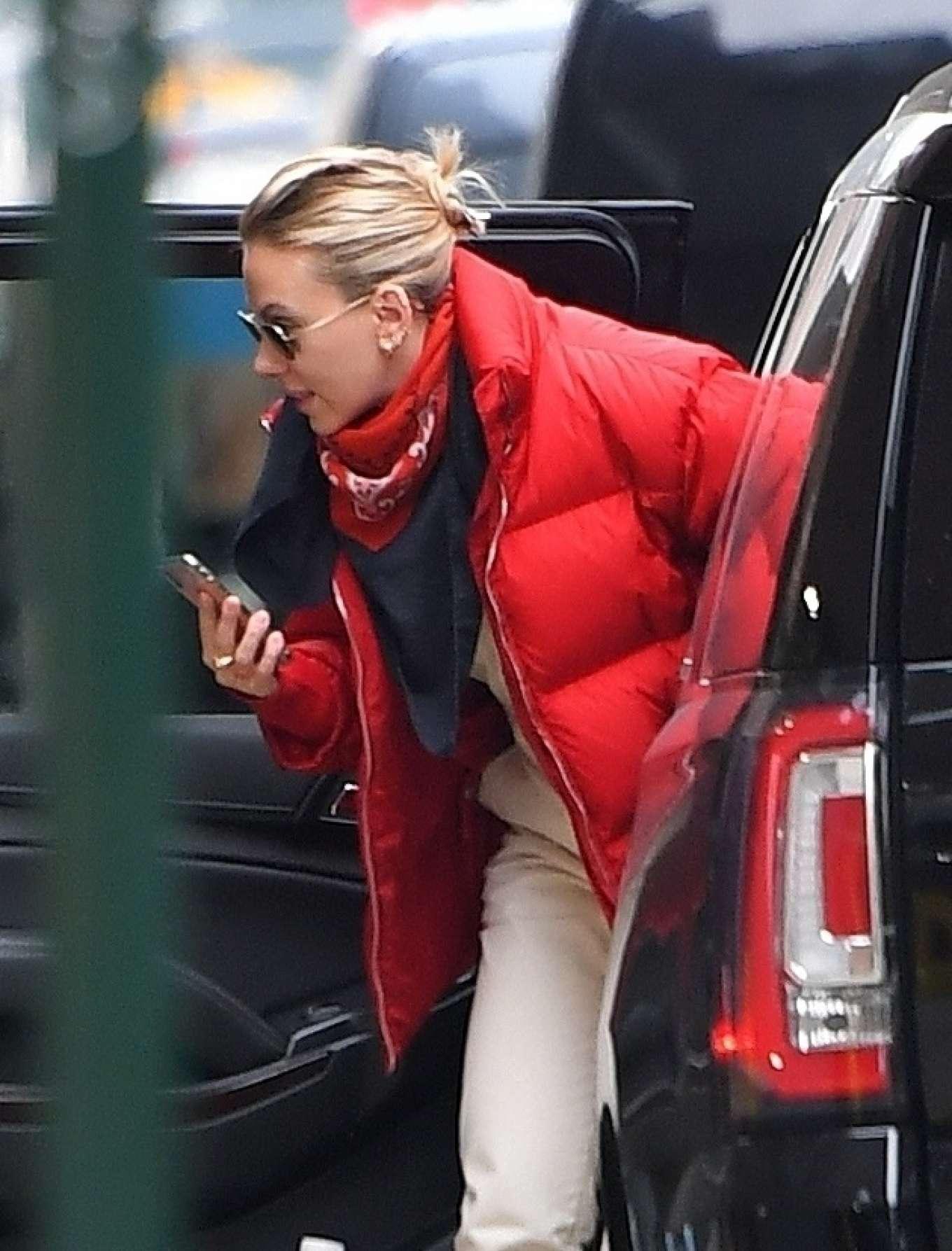 Scarlett Johansson - Arrives for Saturday Night Live Rehearsals at NBC Studios in New York