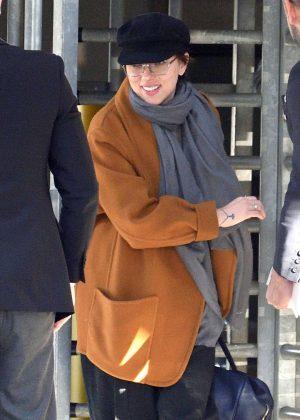 Scarlett Johansson - Arriving at JFK Airport in New York City