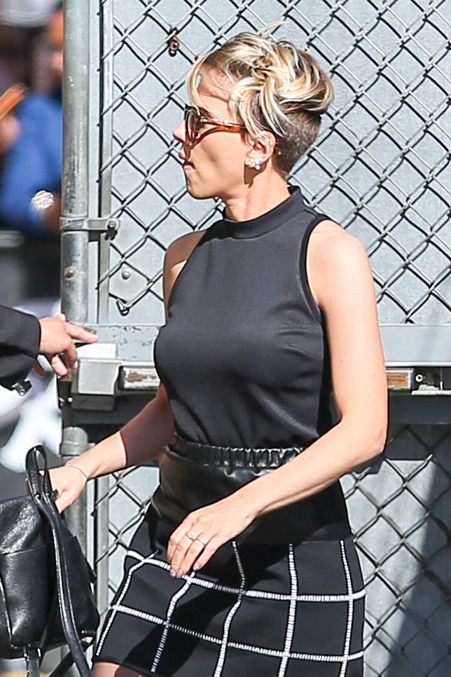 Scarlett Johansson in Mini Skirt at Jimmy Kimmel Live -08