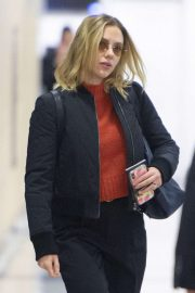 Scarlett Johansson - Arriving to JFK Airport in New York City