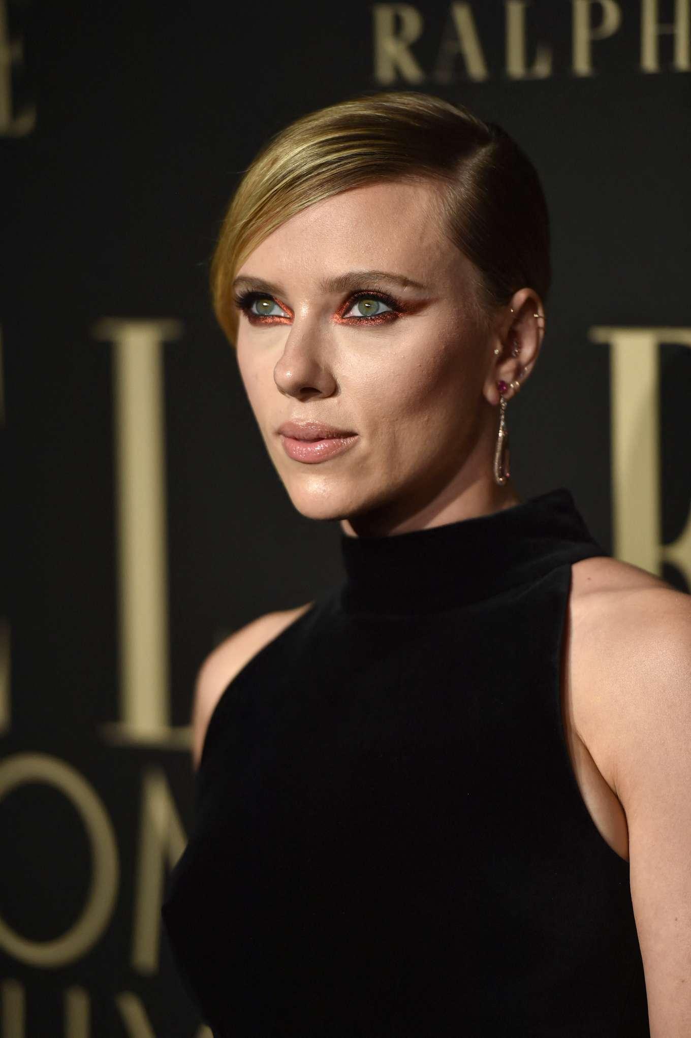 Scarlett Johansson 2019 : Scarlett Johansson – ELLEs 26th Annual Women in Hollywood Celebration-19