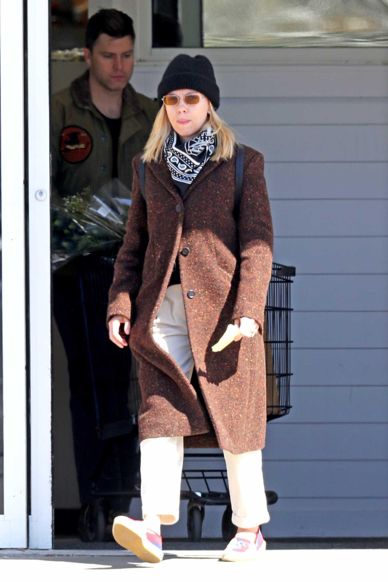 Scarlett Johansson 2020 : Scarlett Johansson – Grocery shopping in the Hamptons-13