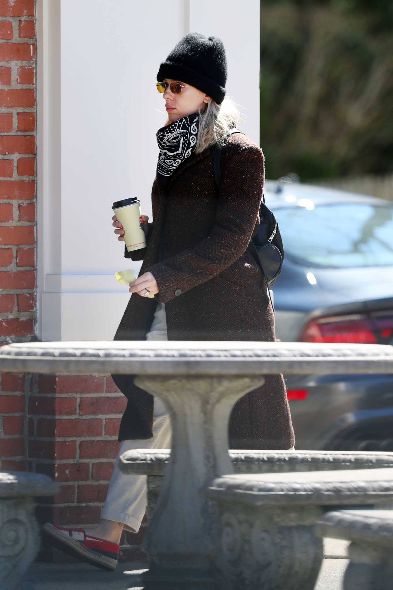 Scarlett Johansson 2020 : Scarlett Johansson – Grocery shopping in the Hamptons-17