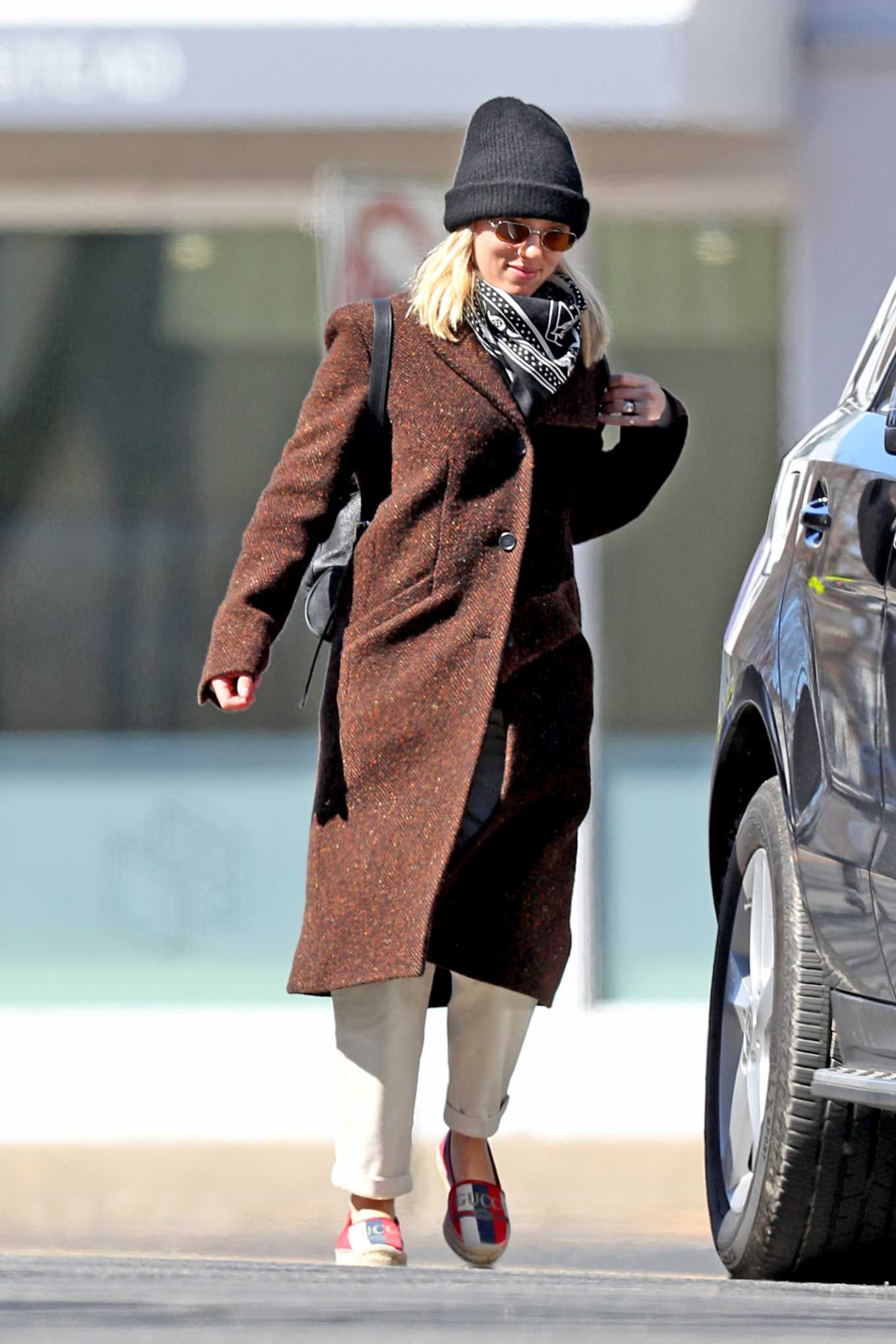 Scarlett Johansson 2020 : Scarlett Johansson – Grocery shopping in the Hamptons-26