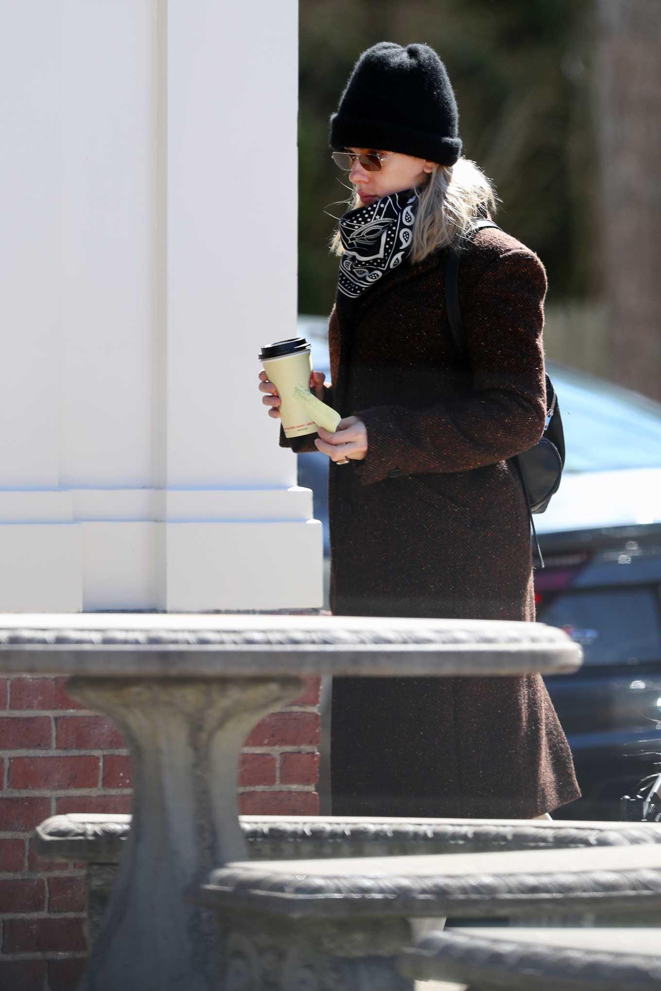 Scarlett Johansson 2020 : Scarlett Johansson – Grocery shopping in the Hamptons-31