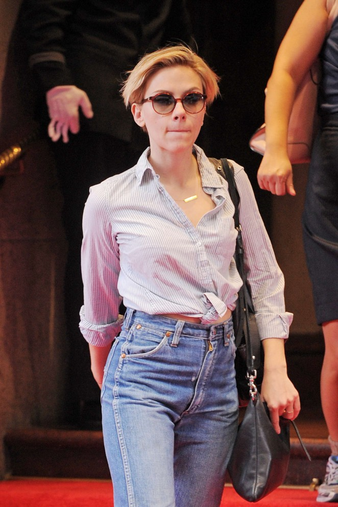 Scarlett Johansson in Jeans Out in NYC