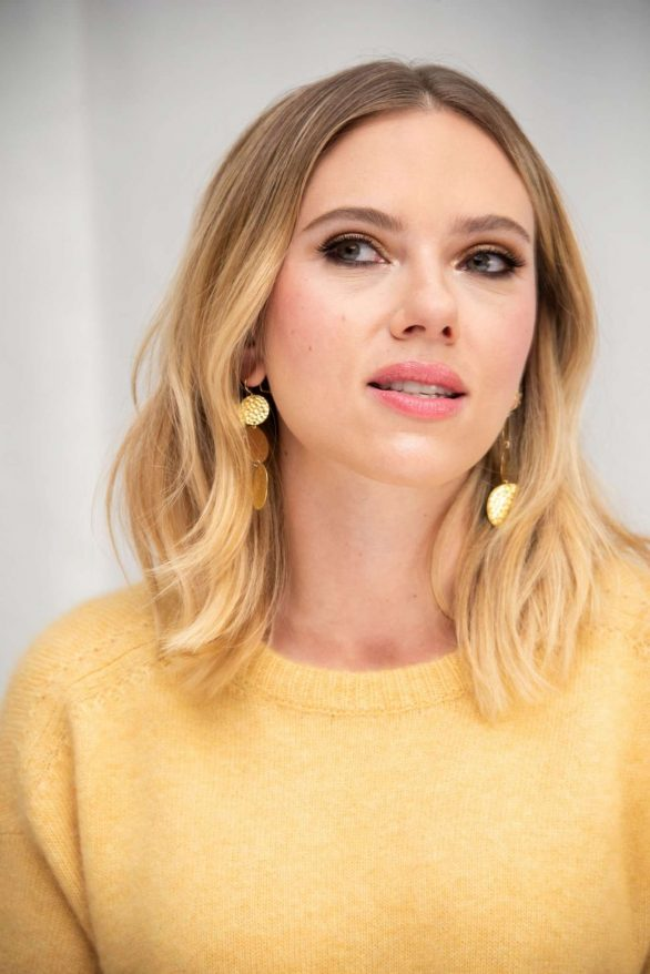 Scarlett Johansson - 'Marriage Story' Press Conference in Los Angeles