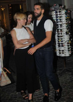 Scarlett Johansson - Out in Istanbul