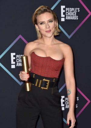 Scarlett Johansson - People's Choice Awards 2018 in Santa Monica