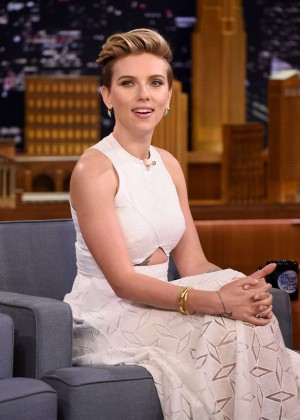 Scarlett Johansson - The Tonight Show With Jimmy Fallon in NYC