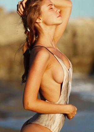 Cleavage Elizabeth Elam nude (53 pics) Ass, Instagram, cameltoe