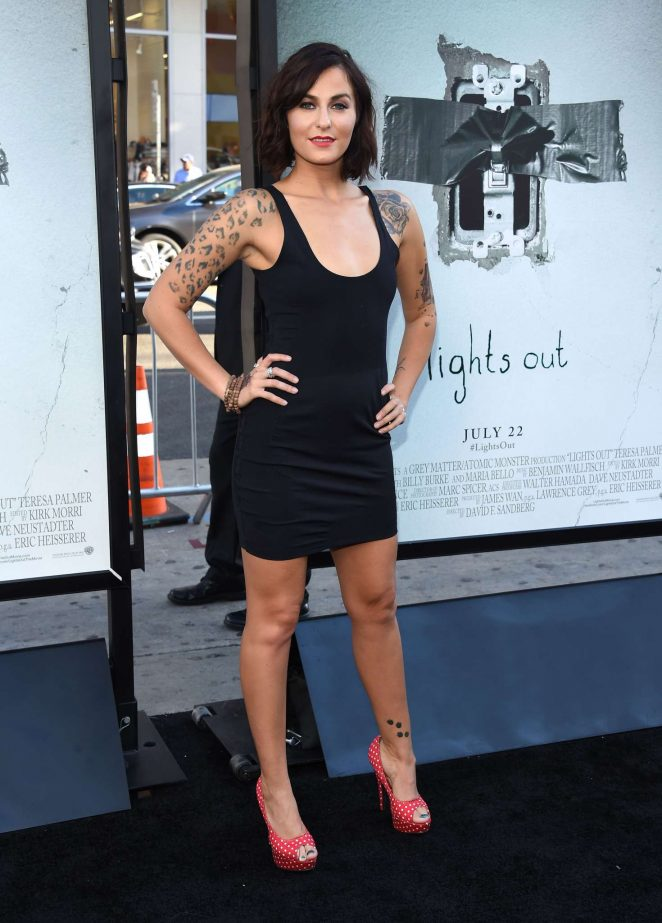 Scout Taylor Compton - 'Lights Out' Premiere in Los Angeles