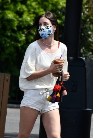 Scout Willis in Shorts at her local Coffee Bean &a Tee in Los Feliz