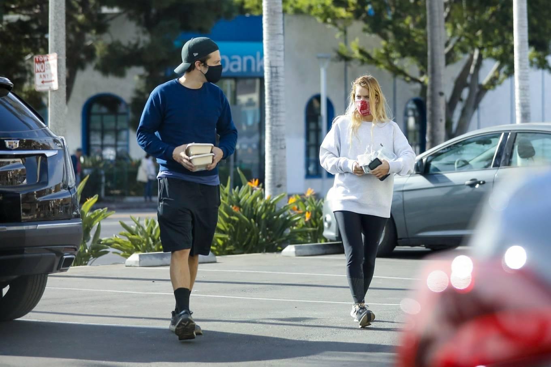Alejandra Onieva 2020 : Sebastian Stan and Alejandra Onieva – Seen at The Grove in Los Angeles-06