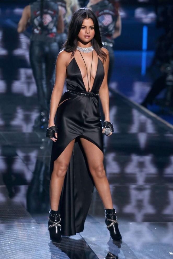 Back to post Selena Gomez – 2015 Victoria's Secret Fashion Show ...