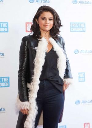 Selena Gomez - 2015 'We Day Illinois' at the Allstate Arena