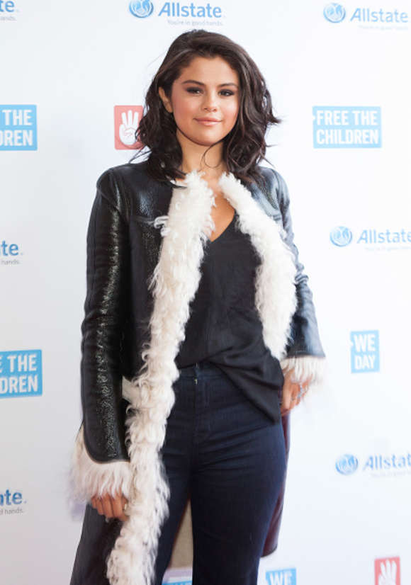 Selena Gomez - 2015 'We Day Illinois' at the Allstate Arena