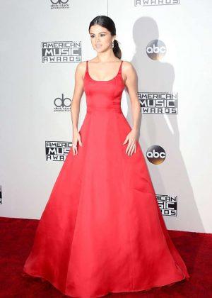 Selena Gomez: 2016 American Music Awards -12