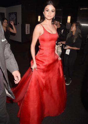Selena Gomez: 2016 American Music Awards -21