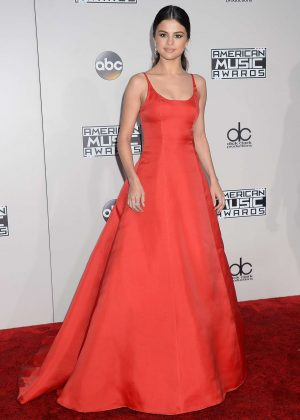 Selena Gomez: 2016 American Music Awards -22