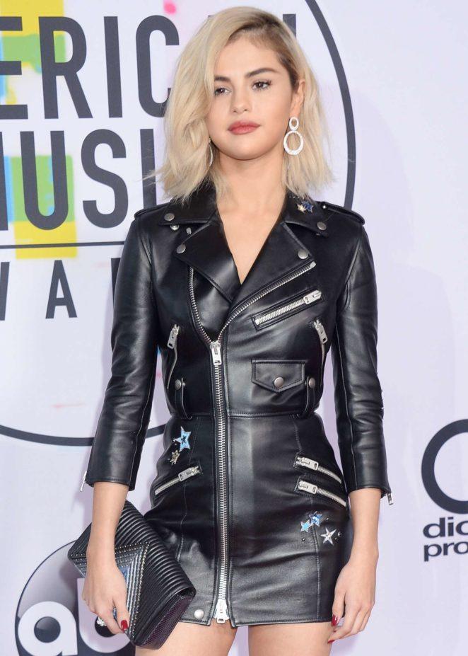 Selena Gomez - 2017 American Music Awards in Los Angeles
