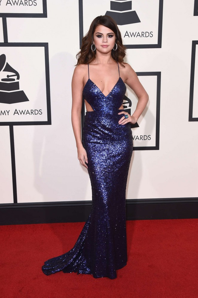http://www.gotceleb.com/wp-content/uploads/photos/selena-gomez/58th-annual-grammy-awards-in-los-angeles/Selena-Gomez:-2016-GRAMMY-Awards--01-662x996.jpg