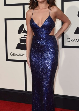 Selena Gomez: 2016 GRAMMY Awards -02