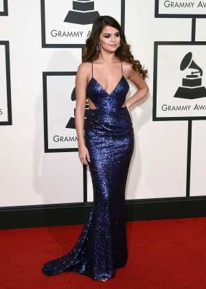 Selena Gomez: 2016 GRAMMY Awards -03