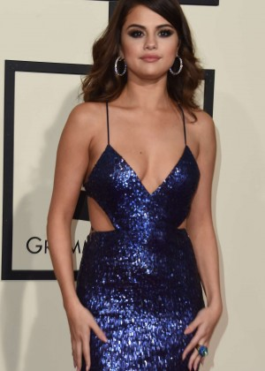 Selena Gomez: 2016 GRAMMY Awards -08