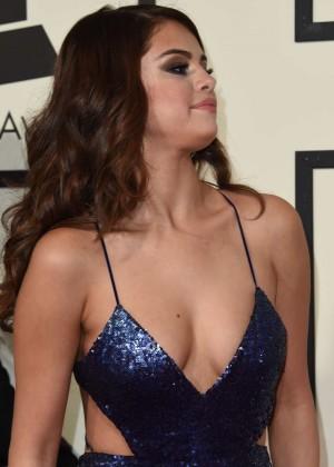 Selena Gomez: 2016 GRAMMY Awards -15