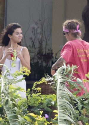 Selena Gomez and Justin Bieber - Celebrating family wedding in Jamaica