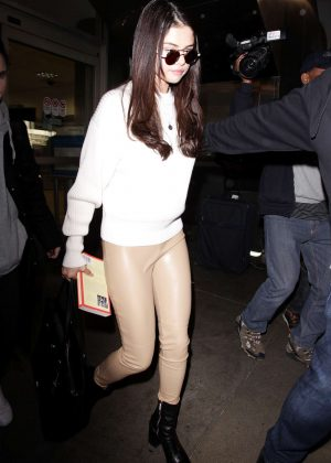 Selena Gomez: Arrives at Los Angeles International Airport -04