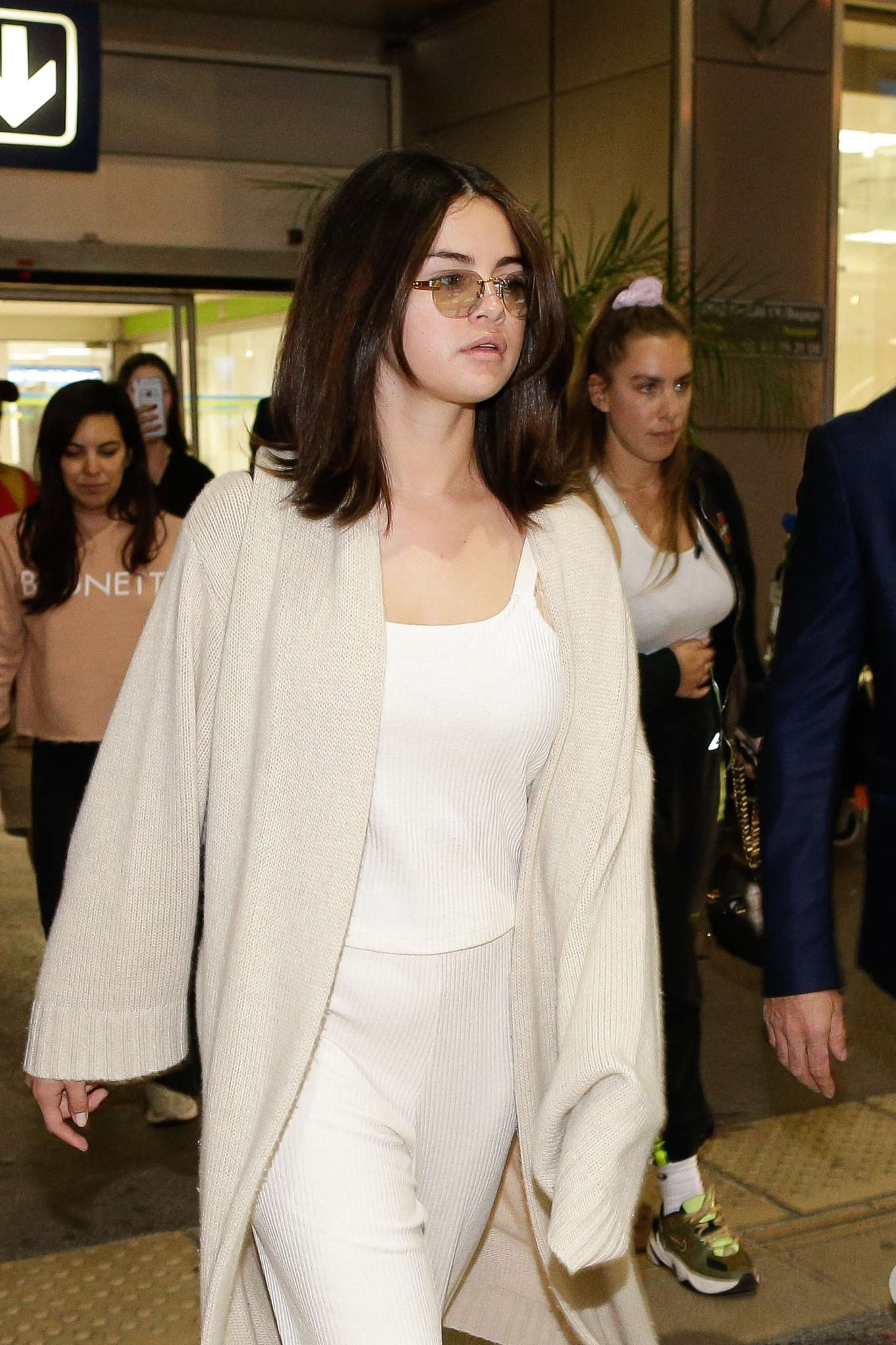 Selena Gomez - Arrives at Nice Airport in France