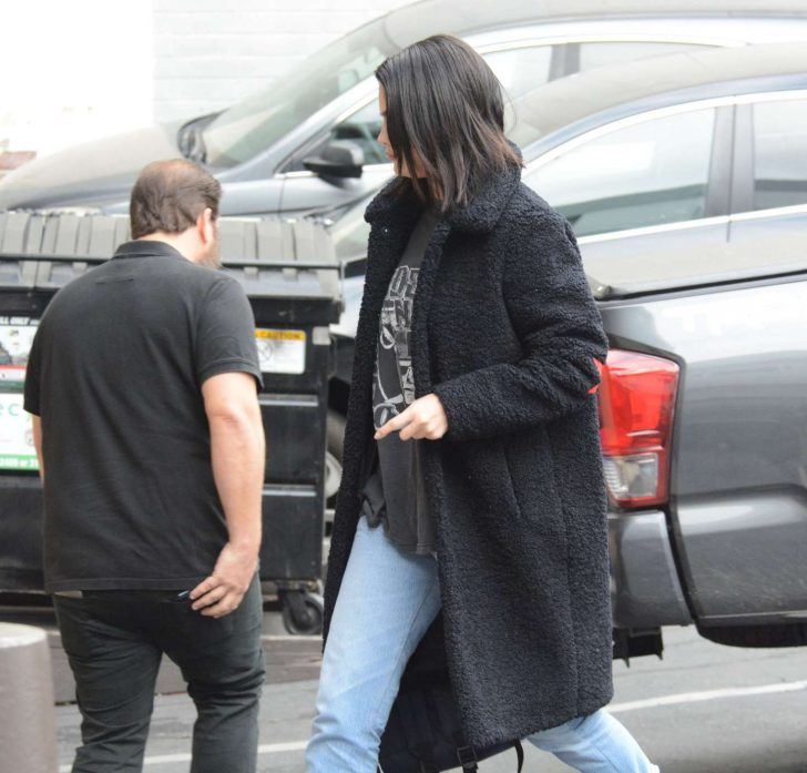 Selena Gomez: Arriving at a Music Studio -12