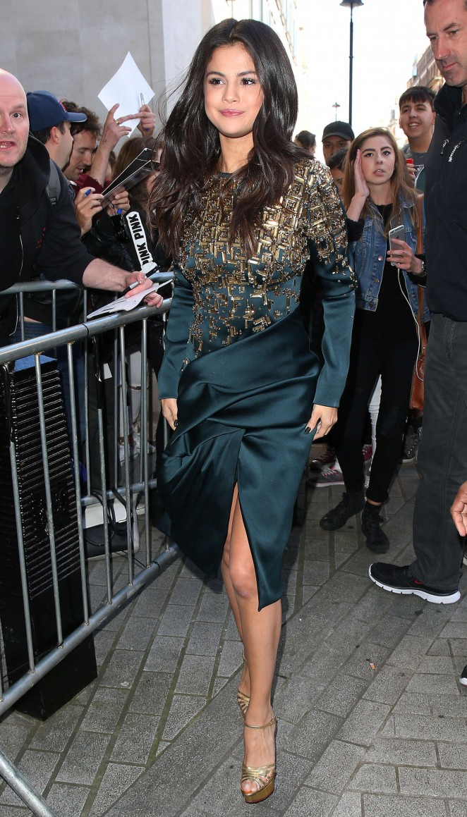 Selena Gomez - Arriving at BBC Radio 1 in London