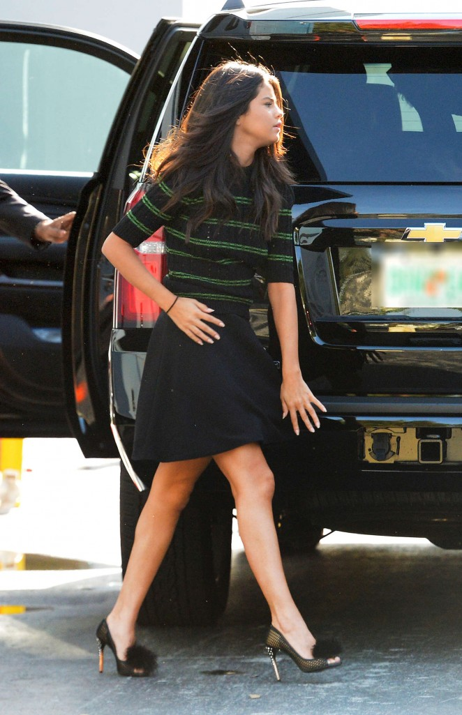 Selena Gomez – Arriving at 'Despierta America' in Miami