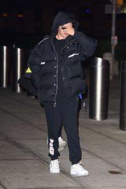 Selena Gomez - Arriving at JFK Airport in New York