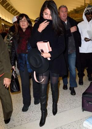 Selena Gomez: Arriving at JFK Airport -05