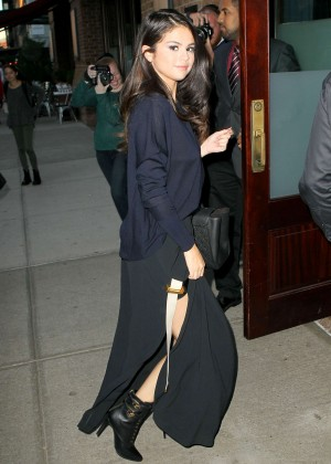 Selena Gomez - Arriving at the Greenwich Hotel in NYC