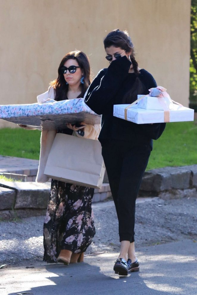 Selena Gomez: Arriving to a party in Studio City -08
